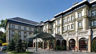 Danubius Grand Hotel Margitsziget 4* - Данубиус Гранд Отель Остров Маргарет Отель находится в самом сердце огромного векового парка на острове Маргитсигет в непосредственной близости от гостиницы «Health Spa Resort Мargitsziget».