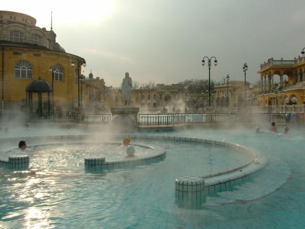 Термальная Купальня Сечени (Szechenyi Gyogyfurdo). Будапештские лечебные купальни и бани