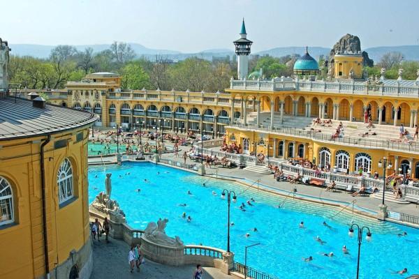 Budapest. Szechenyi Thermal Bath
