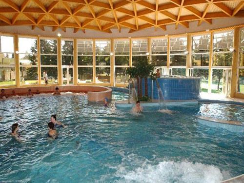 Термальный курорт Бюкфюрдо (Bukfurdo) Венгрия. Бюкская лечебная купальня