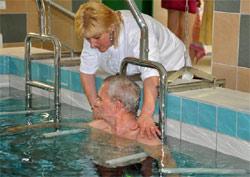 Лечебно-оздоровительный термальный курорт Хайдусобосло (Hajduszoboszlo) - Исцеление от ревматизма. Процедура вытяжение позвоночника