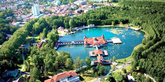 Венгрия. Лечение опорно-двигательного аппарата на термальном озере Хевиз.
