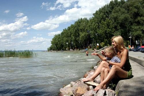 Отпуск в Венгрии. Шиофок  - столица курортного отдыха на озере Балатон. Достопримечательности. Отели. Экскурсии. Теплоходные прогулки по Балатону