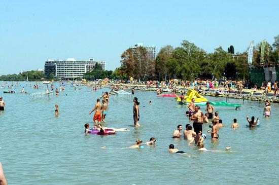 Отпуск в Венгрии. Шиофок  - столица курортного отдыха на озере Балатон. Достопримечательности. Отели. Экскурсии. Теплоходные прогулки по Балатону.